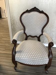 Eigene Angebote - Armlehnstuhl mit Stoff Intara von Jim Thomson
